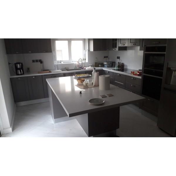 Πάγκοι κουζίνας απο χαλαζία Navona Quarella